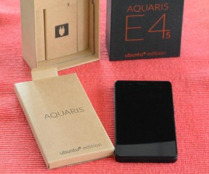 Auspacken des bq Aquaris E4.5 Ubuntu Edition